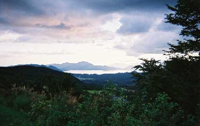 Vol.07「夕暮れの田沢湖」  (2002年夏;秋田県田沢湖町)
